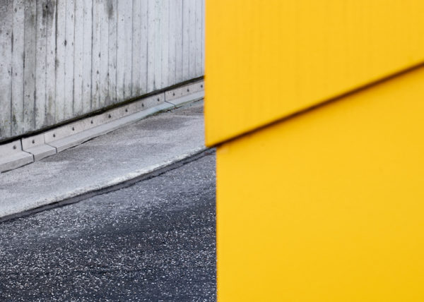 barricades are only graceful lines I  Alex Harbich Fotograf Galerie Minimal